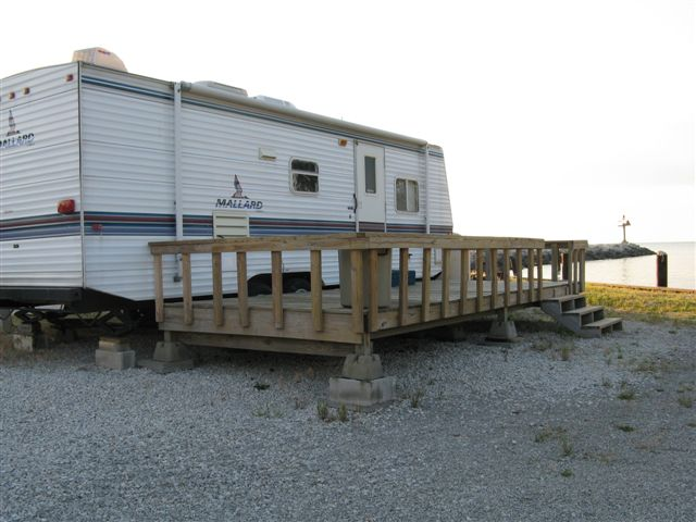 2003 PALOMINO 21 . Year:2003 Make:PALOMINO Model:21 Location:Kokomo, IN Type:Travel Trailer Length:21 Water Capacity:50 Air Conditioners:1 Awnings:Yes Leveling Jacks:Yes